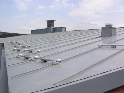 titánzinkobá strecha