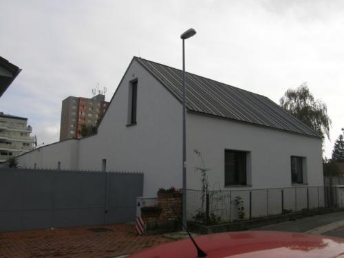 titánzinková strecha - RD Bratislava